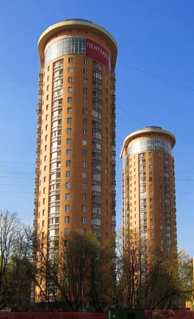 Жилой комплекс, ЖК Аврора, улица Гвардейская, башни, общий вид
